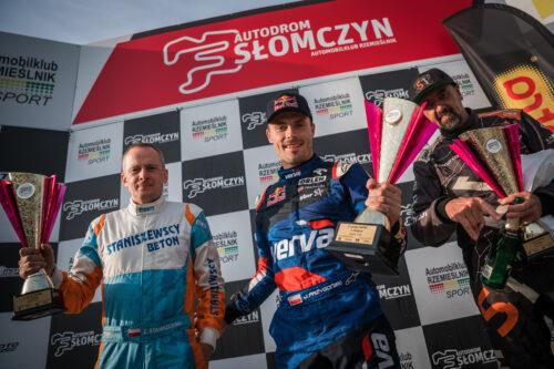 Nasi zawodnicy na podium w rallycrossie